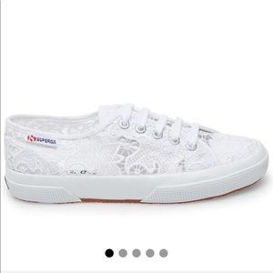 NWOT Superga Lace Low-top Sneakers